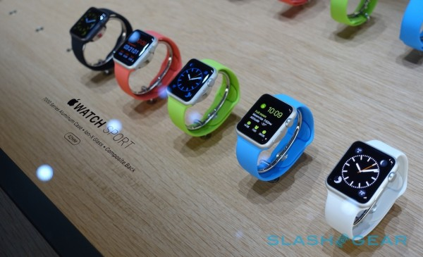 apple-watch-hands-on-sg121-600x3651